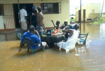 inondations_douala_bar_640